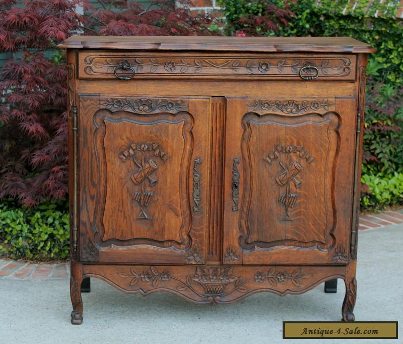 Antique French Lierges Style Oak Cabinet Cupboard Entry Hall Foyer Chest  Pegged for Sale - Antique French Lierges Style Oak Cabinet Cupboard Entry Hall Foyer