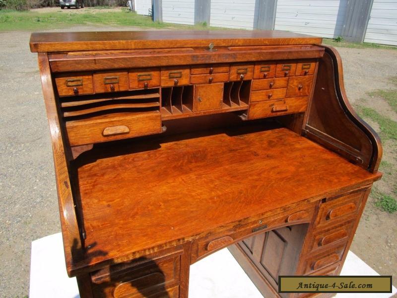 antique c 1910 tiger quartersawn oak s roll top office desk for sale in united states. Black Bedroom Furniture Sets. Home Design Ideas