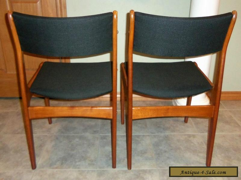 Pair of vintage mid century danish modern teak dining for Designer dining chairs sale