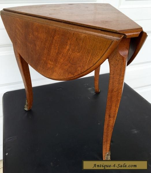 Captivating Mid Century Henredon Mahogany Drop Leaf Sides Triangle Shaped Corner End  Table For Sale