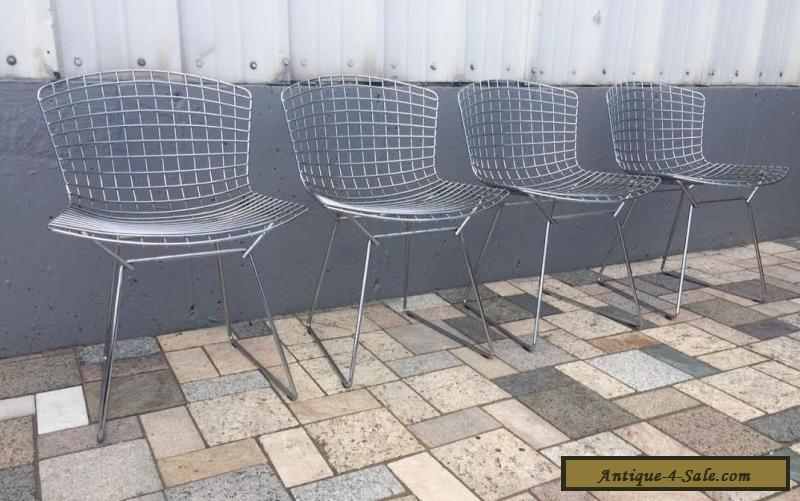 Wonderful 4 Knoll Bertoia Wire Metal Chairs Chrome Mid Century Modern For Sale
