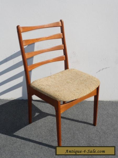 vintage mid century danish modern style beige cushion backrest solid wood chair for sale in. Black Bedroom Furniture Sets. Home Design Ideas