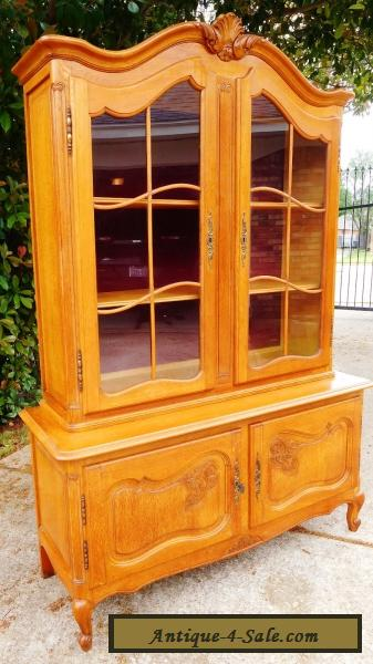 Vtg Louis XV Style French Oak Cupboard Display Cabinet Antique Carved Wood  W Key For Sale