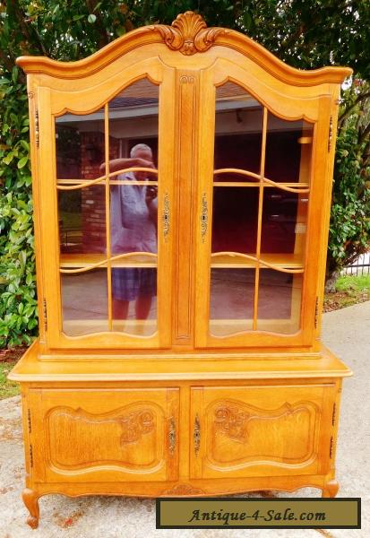 Vtg Louis XV Style French Oak Cupboard Display Cabinet Antique Carved Wood  w Key for Sale ... - Vtg Louis XV Style French Oak Cupboard Display Cabinet Antique