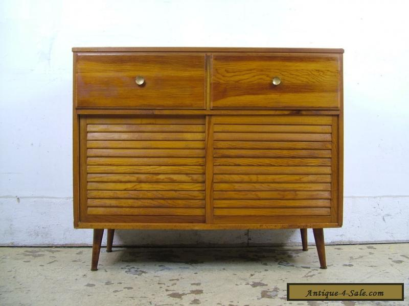 Vintage 1950s Mid Century Danish Modern Retro Sliding Door Record Cabinet  Eames For Sale