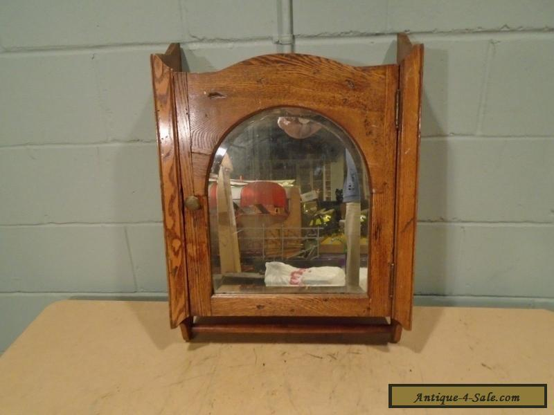 Vintage Medicine Cabinet Wood Antique Medicine Chest Mirror Early 1900s OAK  For Sale