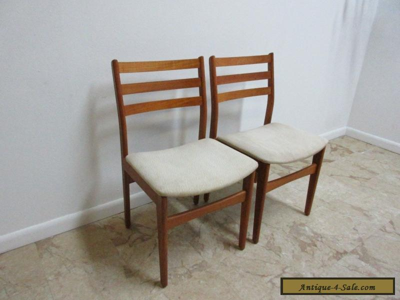 2 Danish Modern Nordic Furniture Teak Dining Room Side