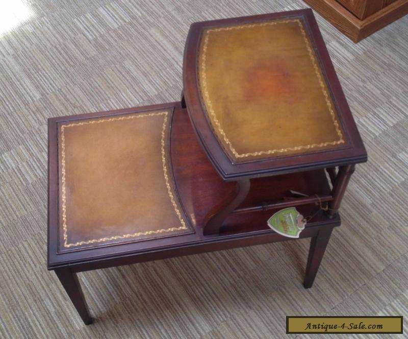 Mahogany Leather Top Side End Table