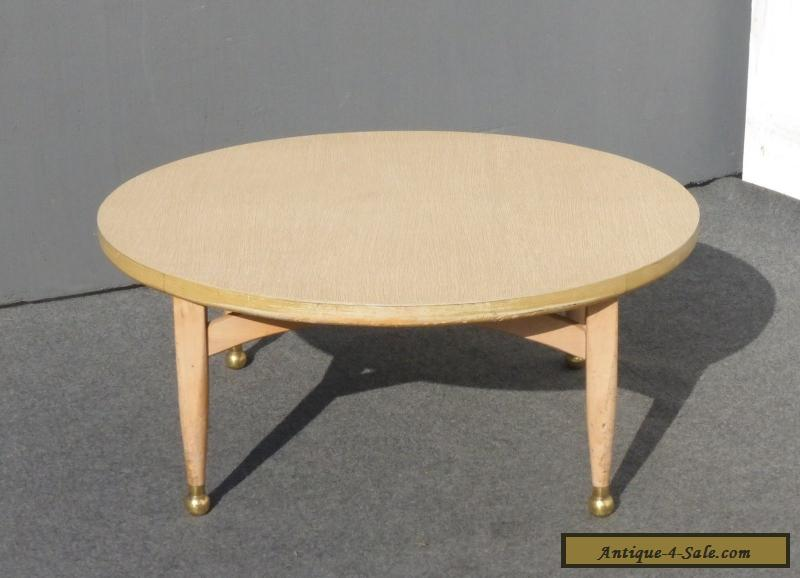 Vintage danish mid century modern style round coffee table for Modern coffee table for sale