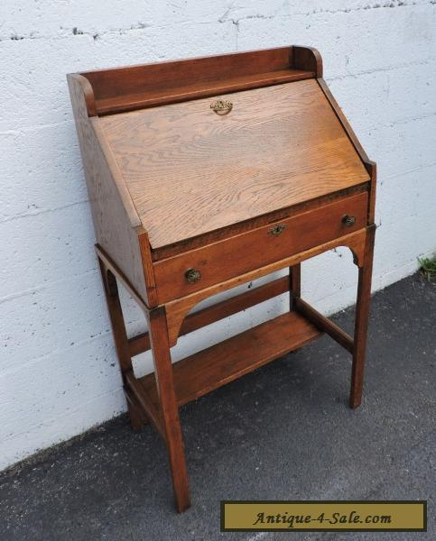 Early 1900's Small Mission Solid Oak Secretary Desk 7759 for Sale - Early 1900's Small Mission Solid Oak Secretary Desk 7759 For Sale In