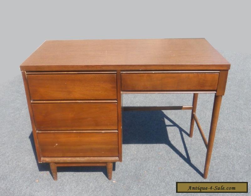 Vintage Danish Mid Century Modern Style Writing Desk 4 Drawers Peg
