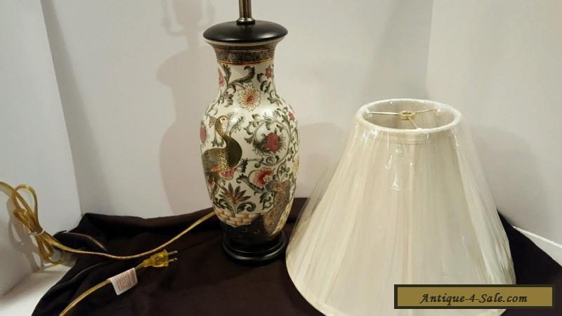 Vintage Chinese Porcelain Ceramic Hand