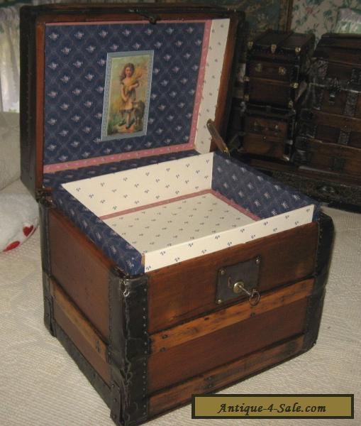 antique steamer trunk vintage victorian wooden hat box or lingerie hand chest for sale in united. Black Bedroom Furniture Sets. Home Design Ideas
