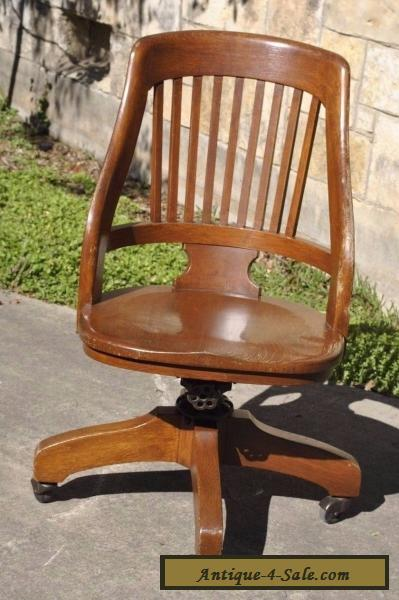 Vintage Milwaukee Chair Co Antique Oak Wood Swivel Desk Office Lawyer Chair  For Sale