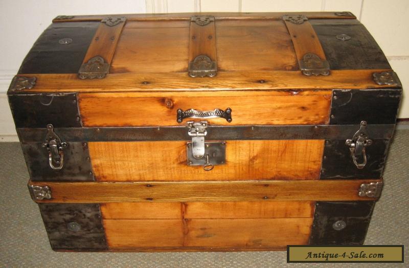 antique steamer trunk vintage victorian rustic wooden flat top chest c1890 for sale in united states. Black Bedroom Furniture Sets. Home Design Ideas