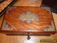 VICTORIAN OAK GAMES BOX WITH CARD DISPLAY DECORATION ON LID