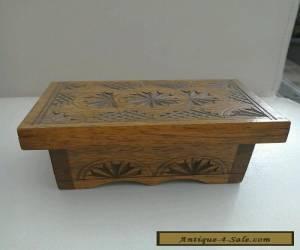 VINTAGE WOODEN TRINKET BOX for Sale