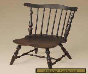 Fan Back Windsor Chair - Antique Style - Wood - Dining Room Chairs - Furniture  for Sale