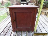 SMALL ANTIQUE VINTAGE OLD QUEENSLAND MAPLE AND TASMANIAN OAK  CUPBOARD