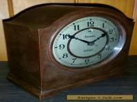 Vintage Genalex bakelite clock. Made in England.
