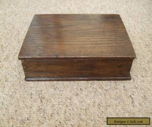 VINTAGE SOLID OAK WOODEN DOVETAILED BOX. for Sale