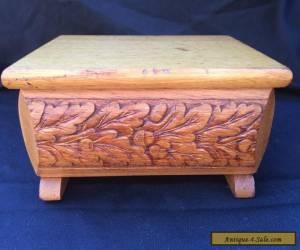 STUNNING VINTAGE CARVED ORANTE WOODEN BOX for Sale