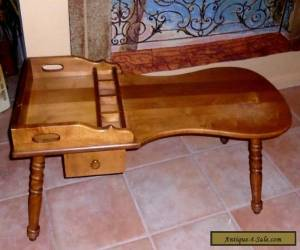 Vintage Solid Maple Early American Cobbler Bench Coffee Table for Sale