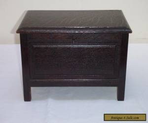 Antique Lockable Oak Wooden Box with 4 Legs for Sale