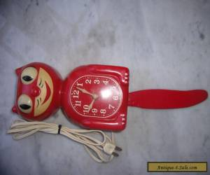 Vintage American Art Deco Red 1940's Kit Cat Electric Clock for Sale