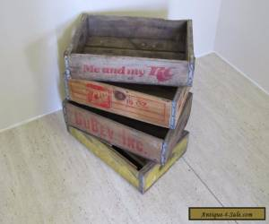 OLD ORIGINAL AMERICAN VINTAGE COKE CRATES 7UP CRATES 4 CRATES for Sale