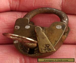 Antique vintage 19thC Victorian small BRASS PADLOCK stamped 'VR' w Key  for Sale