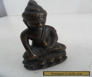 BEAUTIFUL VINTAGE BRONZE / BRASS BUDDHA for Sale