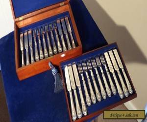 A LOVELY WALKER & HALL 12-PLACE SILVER PLATED ,FRUIT CUTLERY SET.JUST 99P START  for Sale