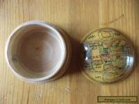 Vintage globe design  wooden box