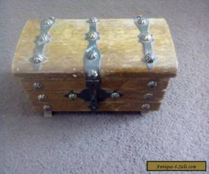 vintage wooden trinket box with metal stud deco and metal catch for Sale