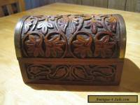 LOVELY CARVED WOODEN CHEST / TRINKET BOX    VERY GOOD CONDITION