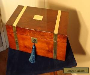 A LARGE VICTORIAN , ANTIQUE WALNUT WRITING BOX WITH SECRET DRAWERS CIRCA 1890. for Sale