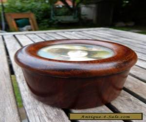 GORGEOUS ANTIQUE VINTAGE SMALL ROUND WOODEN BOX. for Sale