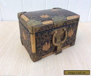 19th c. Antique Japanese lacquer miniature chest / box. for Sale