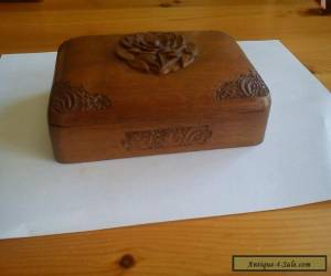 Item Vintage hand-carved Kashmir solid Walnut trinket box for Sale