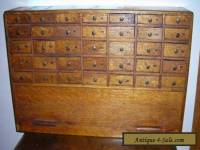 ANTIQUE VINTAGE WATCHMAKER 35 DRAWER PARTS CABINET OAK WOODEN COOL HIDEAWAY DOOR
