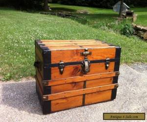 ANTIQUE REFINISHED STEAMER CHEST VINTAGE FLAT TOP COFFEE TABLE TRUNK W/ TRAY for Sale