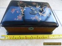 Vintage Chinese Decorated Lacquered Trinket Box