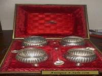 ANTIQUE VICTORIAN STG SILVER SALT SET BOXED WITH SPOONS