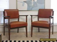Stow & Davis Pair of Mid-Century Walnut & Leather Chairs