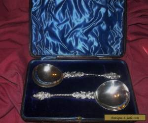 ANTIQUE BOXED PAIR STERLING SILVER APOSTLE SPOONS SHEFFIELD 1897 for Sale