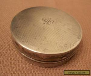 antique sterling silver hand engraved circular compact vanity case box for Sale