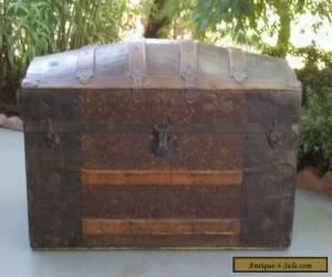 Vintage Classic Antique Wood & Metal Barrel Top Steamer Trunk Treasure Chest  for Sale