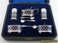 BEAUTIFUL ANTIQUE Pierced Silver CRUET SET- T Wilkinson & Sons- Birm 1919- Cased