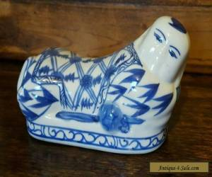 Small vintage Chinese Ceramic Baby Pillow With Blue and White Decoration for Sale
